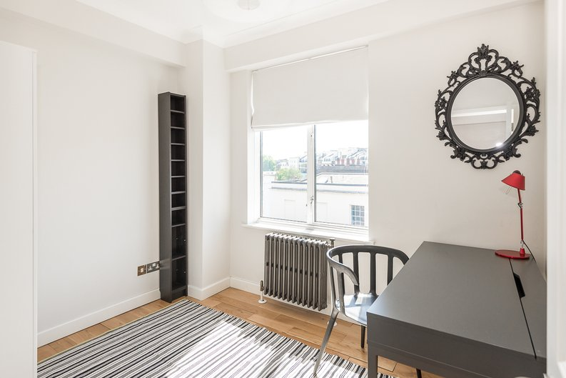 3 bedroom(s) apartment to sale in Stanhope Terrace, Hyde Park-image 4