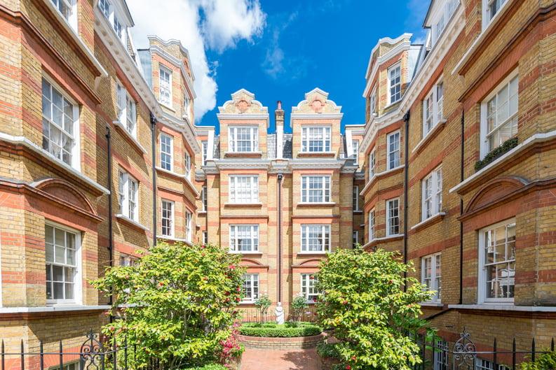 3 bedroom(s) apartment to sale in Bullingham Mansions, Pitt Street, London , Kensington-image 1