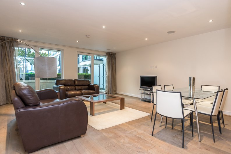 2 bedroom(s) apartment to sale in Mahogany House, Lensbury Avenue, Fulham-image 1