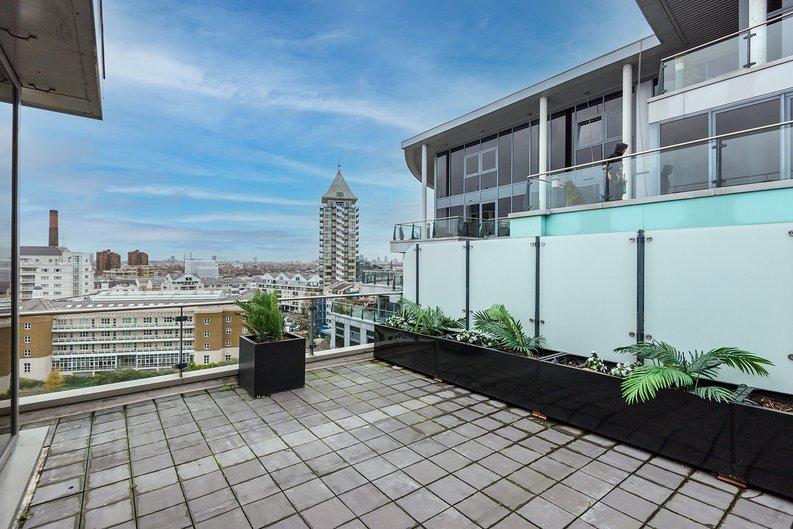 3 bedroom(s) apartment to sale in The Boulevard, Imperial Wharf, London-image 4