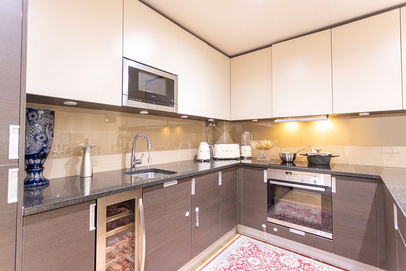 2 bedroom(s) apartment to sale in Boulevard Drive, London-image 2
