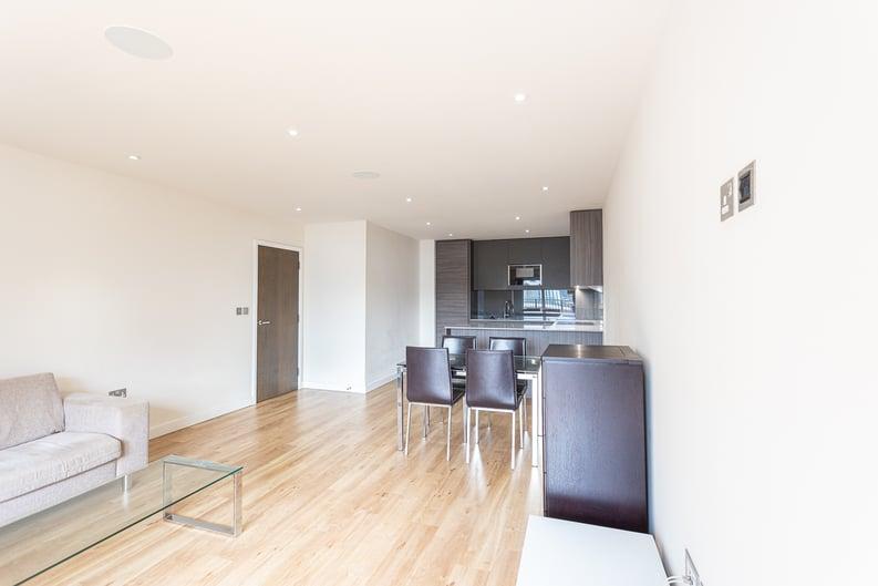 2 bedroom(s) apartment to sale in 22 Aerodrome Road, Beaufort Park-image 4