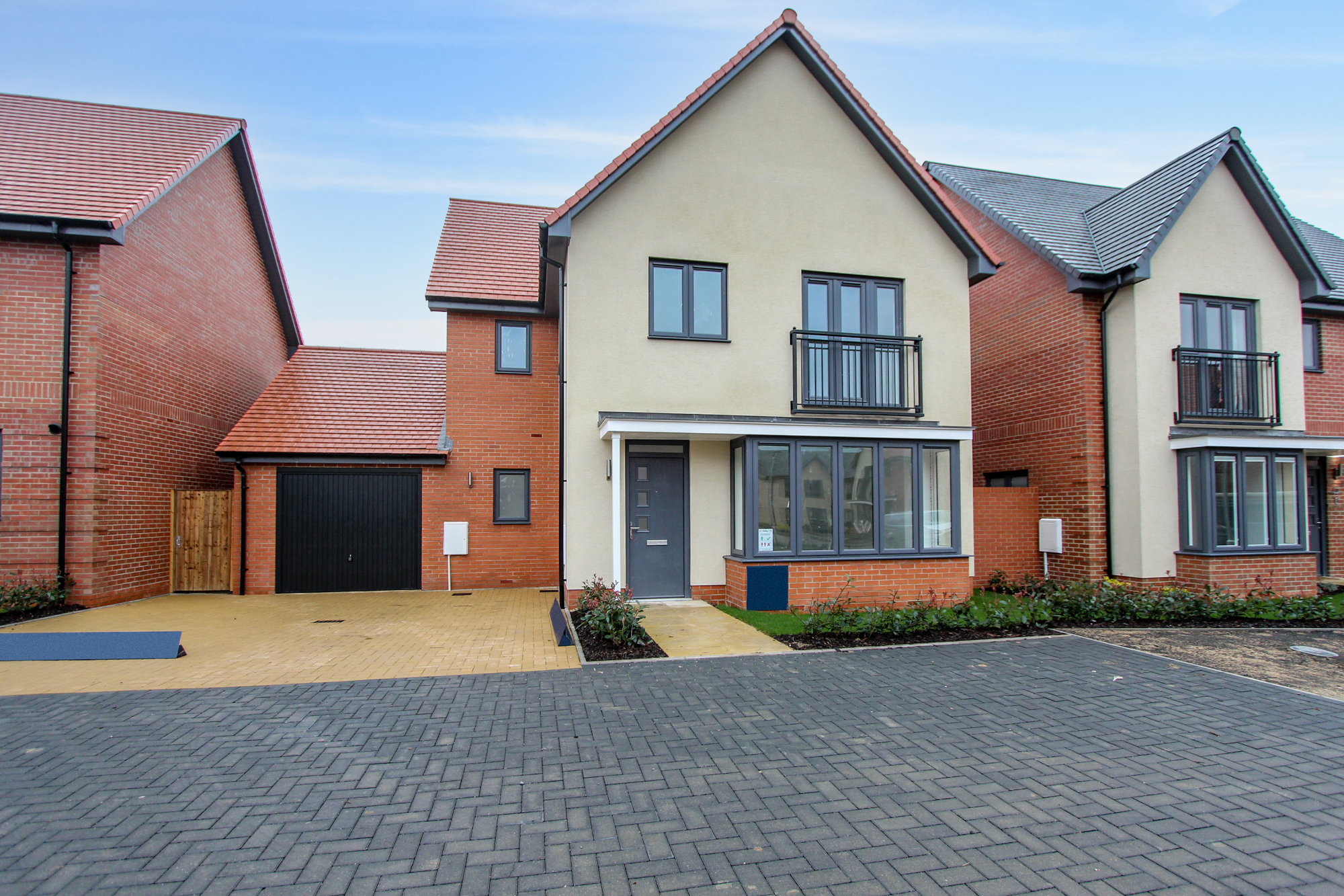 HOME OF THE MONTH, Bedford Image