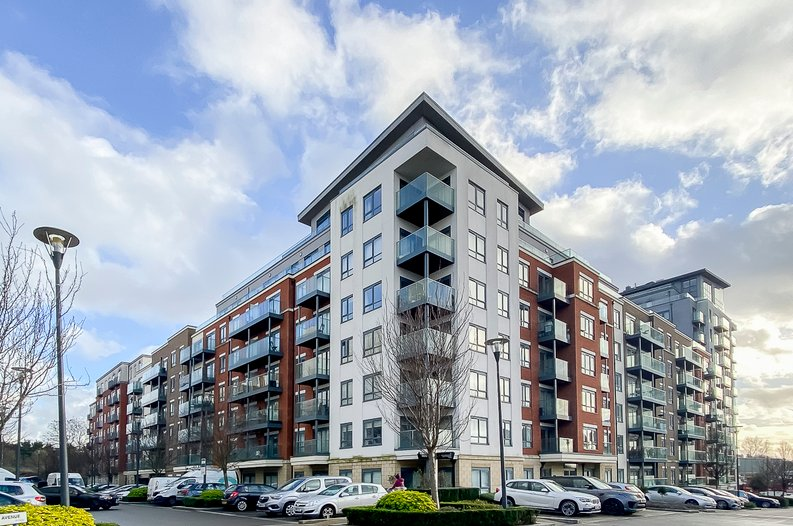 2 bedroom(s) apartment to sale in Eldon House, Aerodrome Road, Beaufort Park, Colindale-image 17