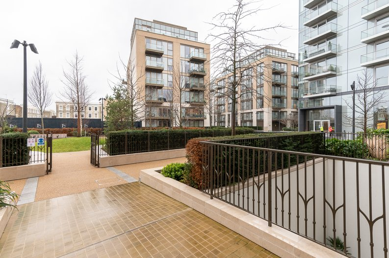 1 bedroom(s) apartment to sale in 3 Lillie Square, Lillie Road, Earl's Court-image 4