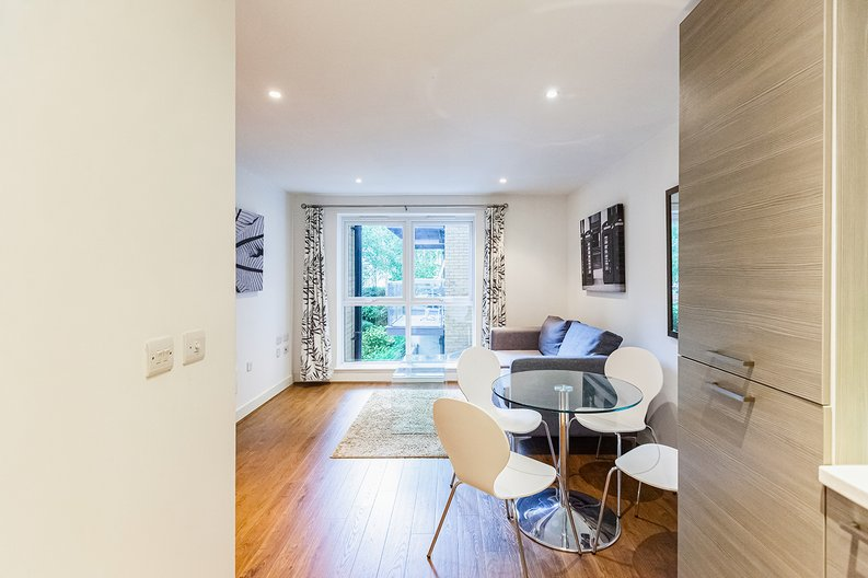 1 bedroom(s) apartment to sale in Bromyard Avenue, Napier West, London-image 17