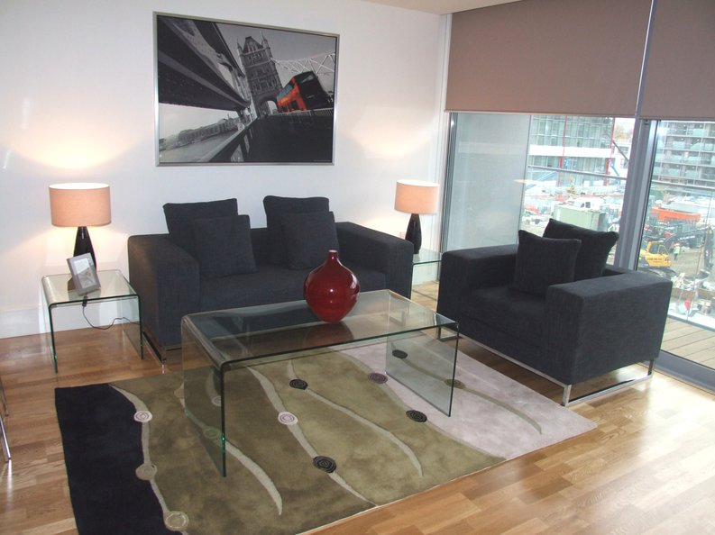 2 bedroom(s) apartment to sale in Southstand Apartments, Highbury Stadium Square, Highbury-image 5
