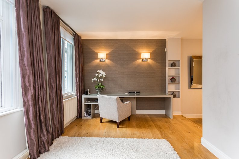 2 bedroom(s) apartment to sale in Wexner Building, 2 Strype Street, Spitalfields-image 3