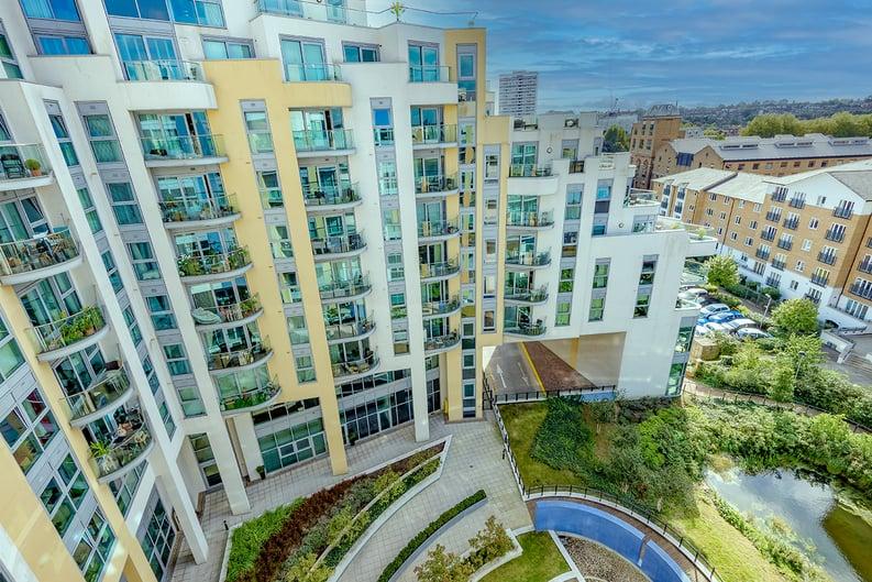 1 bedroom(s) apartment to sale in Vicentia Court, Bridges Court Road, London-image 6