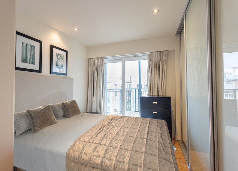 Studio apartment to sale in East Drive, Colindale, London-image 6