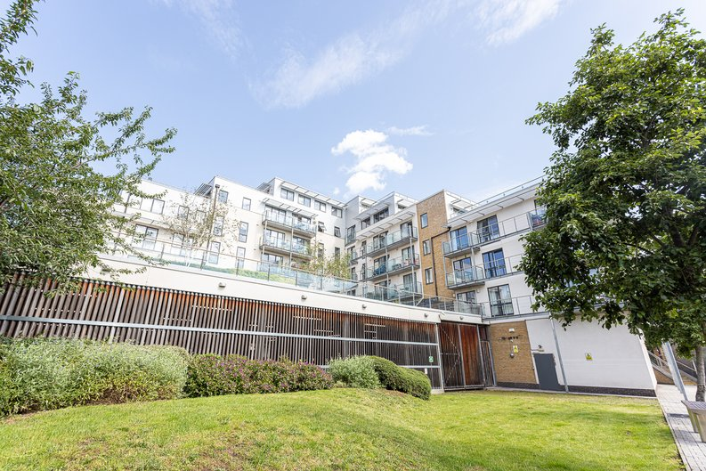 1 bedroom(s) apartment to sale in Caspian Wharf, 1 Yeo Street, Bromley-by- Bow, London-image 7