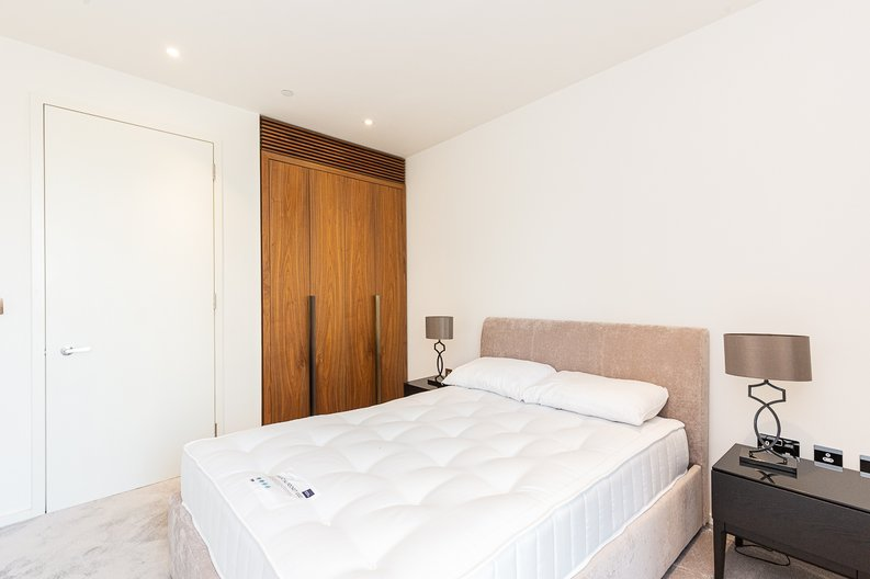 1 bedroom(s) apartment to sale in Ambassador Building, New Union Square, Nine Elms-image 6