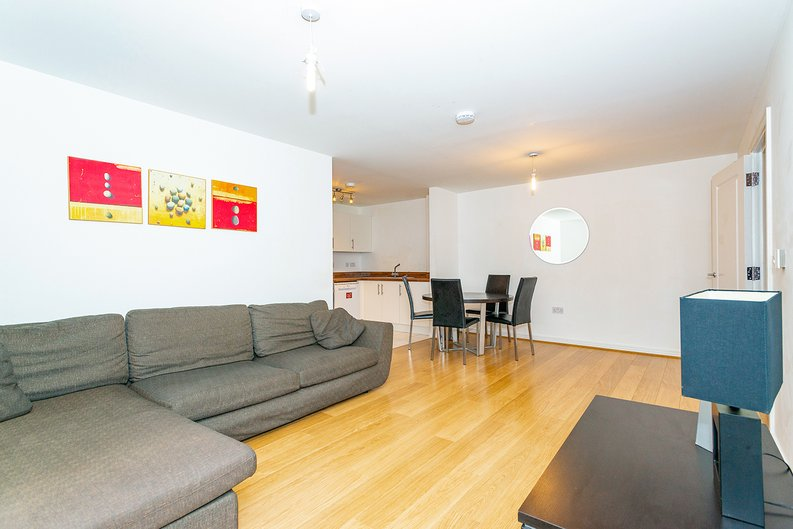 3 bedroom(s) apartment to sale in Annabel Close, Poplar, London-image 1