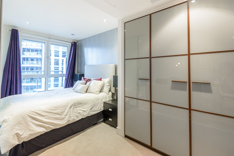 1 bedroom(s) apartment to sale in Octavia House, Townmead Road, Fulham-image 2