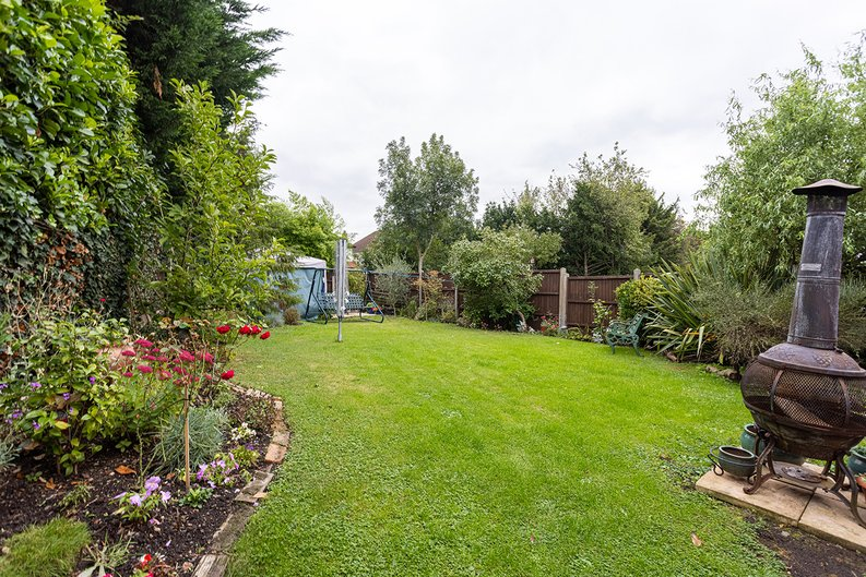 4 bedroom(s) house to sale in Hale Lane, Mill Hill, London-image 26