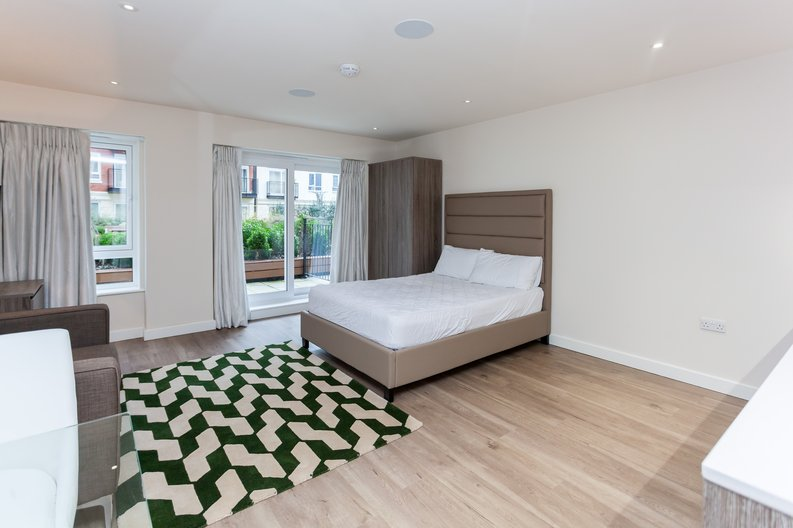 Studio apartment to sale in Golding House, 11 Beaufort Square, Colindale-image 2