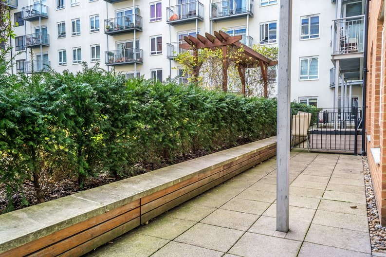 1 bedroom(s) apartment to sale in Arctic House, Heritage Avenue, Beaufort Park, Colindale-image 9