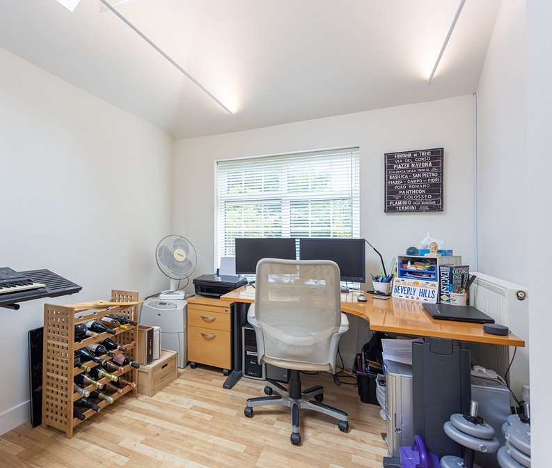 4 bedroom(s) house to sale in Hale Lane, Mill Hill, London-image 52
