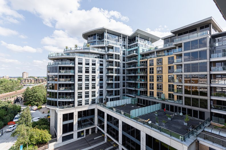 1 bedroom(s) apartment to sale in Townmead Road, Imperial Wharf, London-image 11