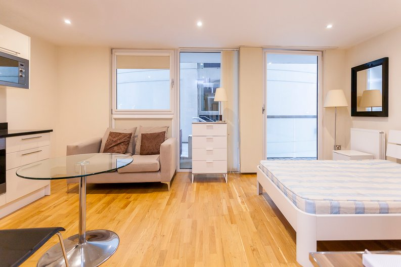 1 bedroom(s) apartment to sale in Cobalt Point, Lanterns Court, Millharbour, Canary Wharf-image 5