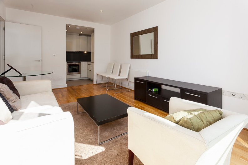 1 bedroom(s) apartment to sale in Times Square, Whitechapel-image 3