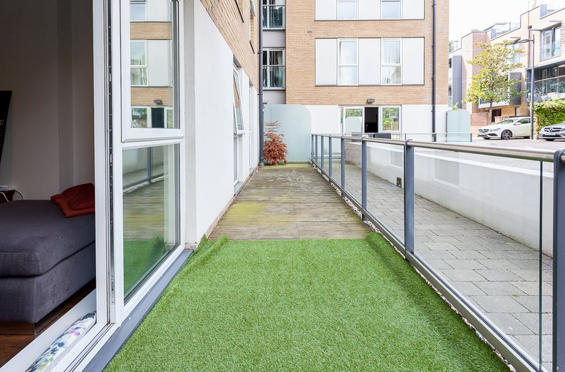 2 bedroom(s) apartment to sale in Napier House, Bromyard Avenue, Acton-image 12