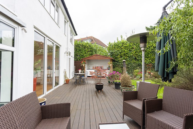 4 bedroom(s) house to sale in Hale Lane, Mill Hill, London-image 16
