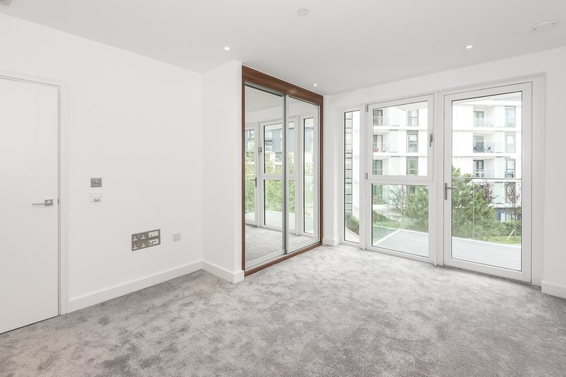 2 bedroom(s) apartment to sale in Brent House, Wandsworth Road, Nine Elms-image 6