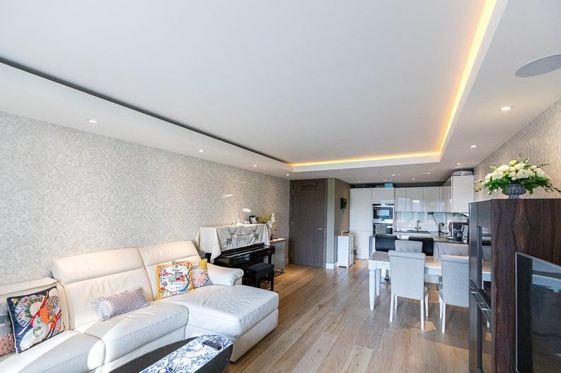 2 bedroom(s) apartment to sale in Regatta Lane, Fulham Reach, London-image 1