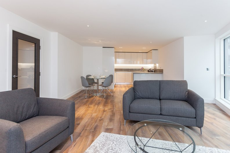 2 bedroom(s) apartment to sale in Quartz House, Dickens Yard, Ealing-image 2