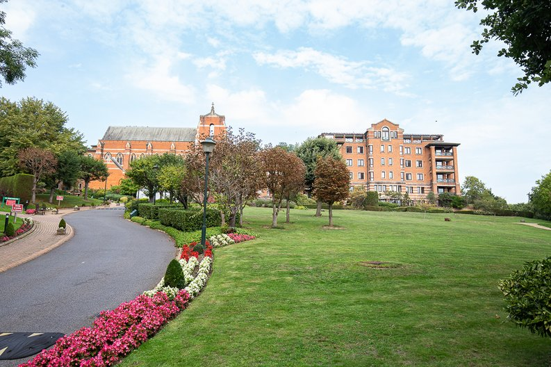 3 bedroom(s) apartment to sale in Chasewood Park, Sudbury Hill, Harrow-image 18
