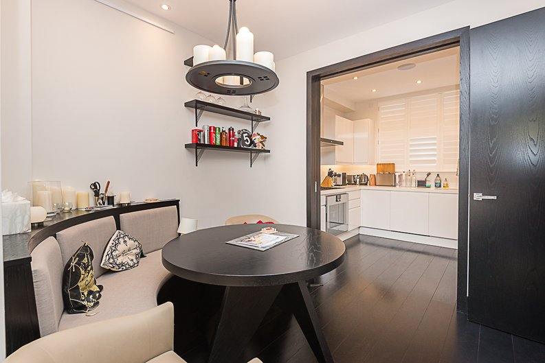 5 bedroom(s) house to sale in Cadogan Lane, Knightsbridge-image 4