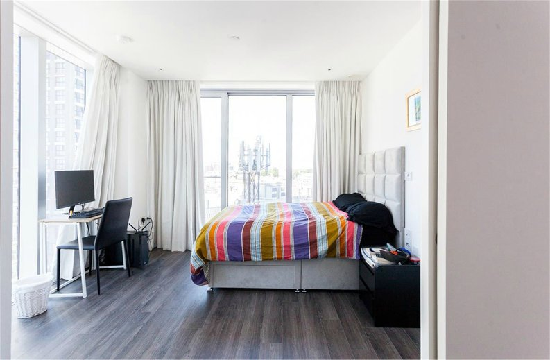 3 bedroom(s) apartment to sale in Meranti House, Leman Street, Goodmans Fields, Aldgate-image 4