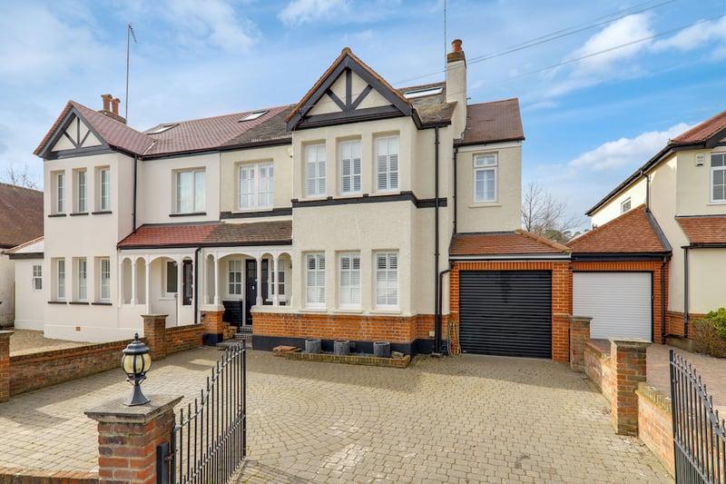 The Crescent, Loughton, Essex