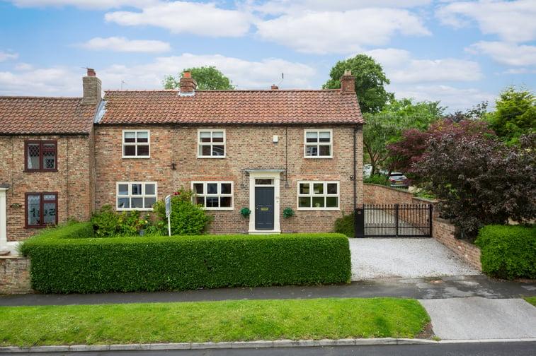 26 Church Street, Dunnington, York - property for sale in York