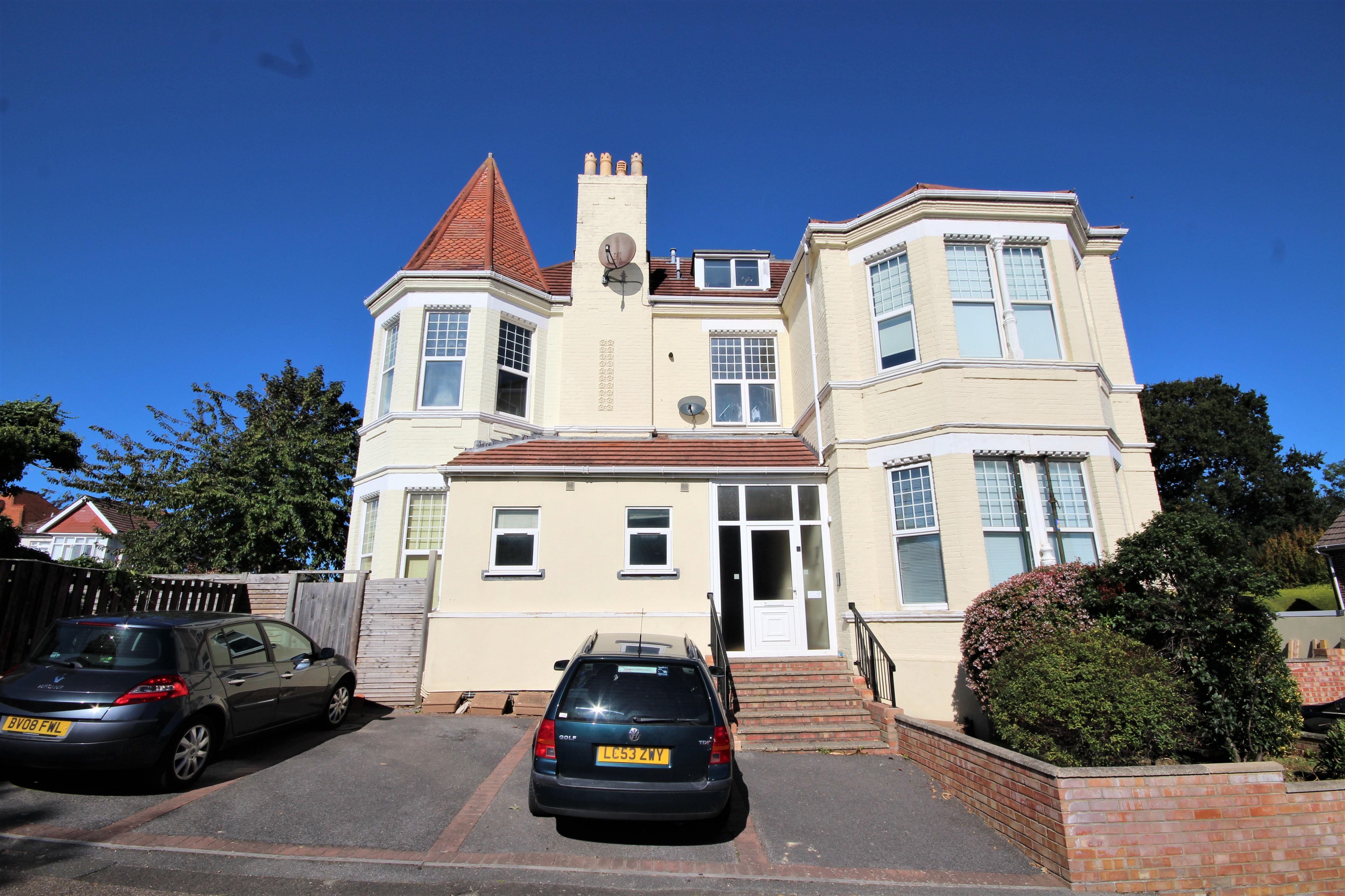 Bournemouth, BH6
