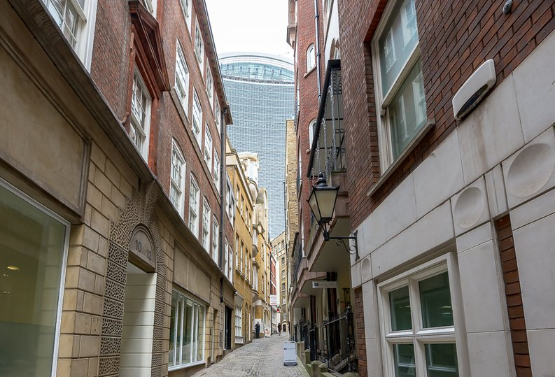 2 bedroom(s) apartment to sale in 27 Lovat Lane, London-image 1
