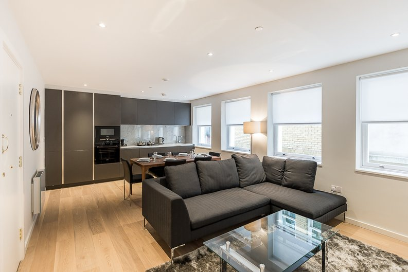 2 bedroom(s) apartment to sale in 27 Lovat Lane, London-image 2