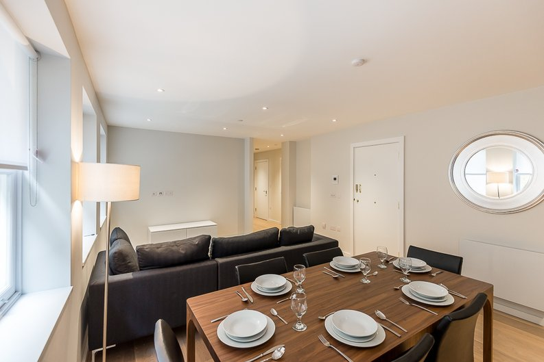 2 bedroom(s) apartment to sale in 27 Lovat Lane, London-image 8