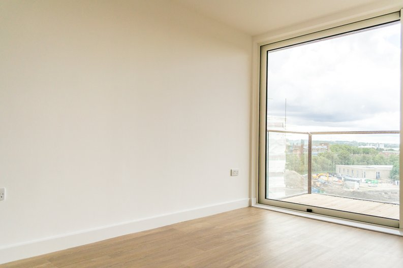 1 bedroom(s) apartment to sale in Sirius House, Seafarer Way, London-image 1
