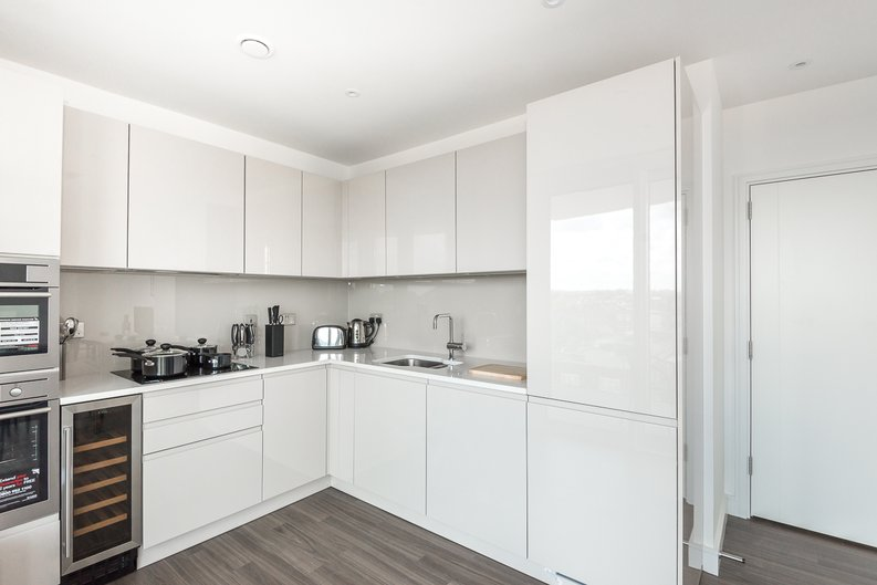 2 bedroom(s) apartment to sale in Pinto Tower, 4 Hebden Place, London-image 2