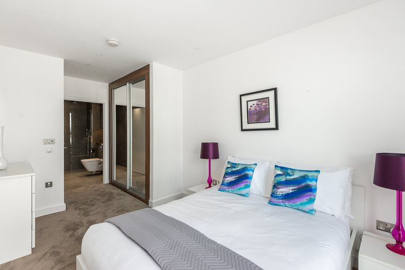 2 bedroom(s) apartment to sale in Pinto Tower, 4 Hebden Place, London-image 3