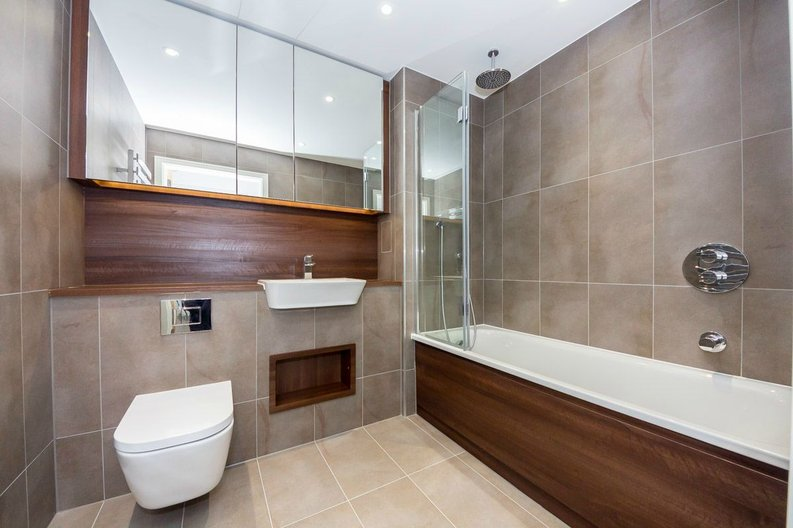 2 bedroom(s) apartment to sale in Pinto Tower, 4 Hebden Place, London-image 4