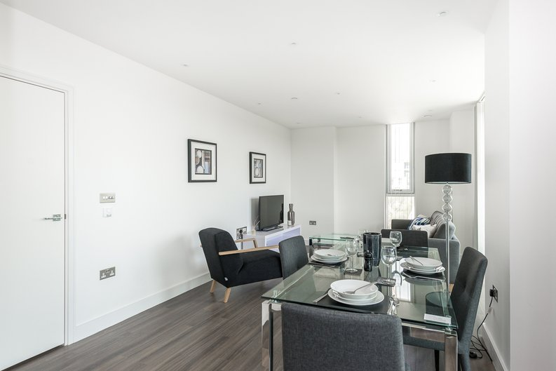 2 bedroom(s) apartment to sale in Pinto Tower, 4 Hebden Place, London-image 5