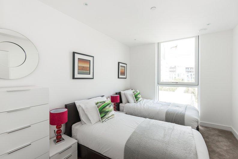 2 bedroom(s) apartment to sale in Pinto Tower, 4 Hebden Place, London-image 6