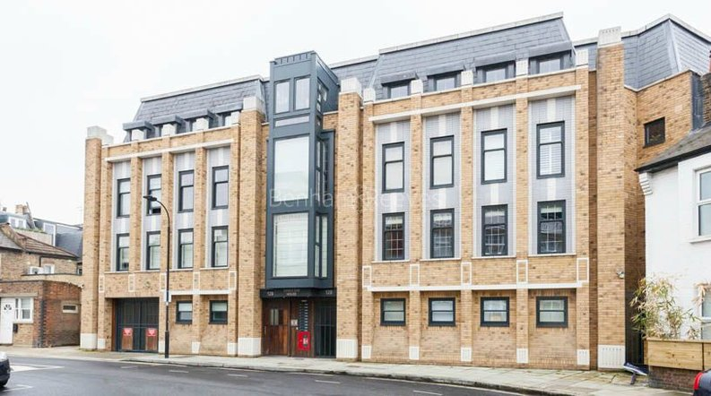 2 bedroom(s) apartment to sale in Sands End House, 120 Broughton Road, London-image 1