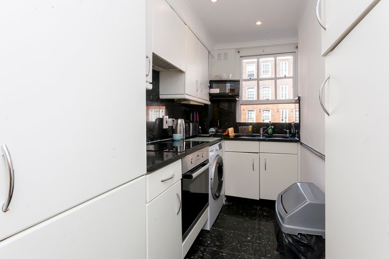 1 bedroom(s) apartment to sale in Park West, Edgware Road, London-image 3