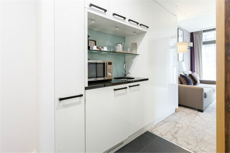 1 bedroom(s) apartment to sale in County Hall, 1 Addison Street, London-image 4
