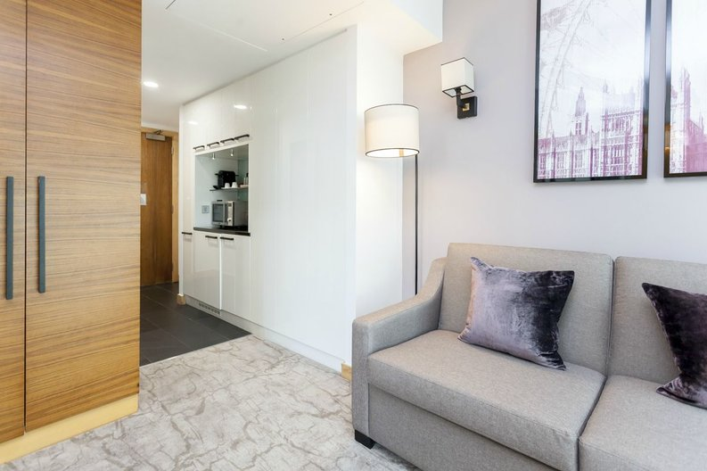 1 bedroom(s) apartment to sale in County Hall, 1 Addison Street, London-image 9