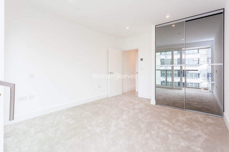 1 bedroom(s) apartment to sale in Pearl House, 5 Market Road, London-image 3